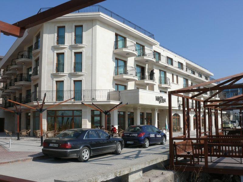 Хотел Мистрал - Балчик